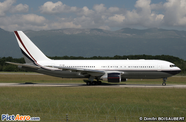 Boeing 767-231/ER (Mid East Jet)