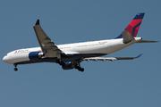 Airbus A330-323E (N820NW)