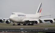 Boeing 747-428M