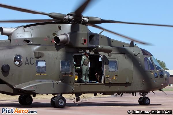 AgustaWestland EH-101 Merlin HC3A (UK- AIR FORCE)