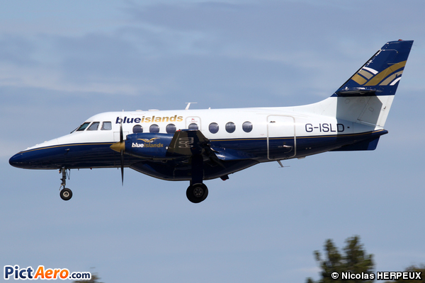 British Aerospace BAe-3212 Jetstream Super 31 (Blue Islands)