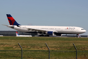 Airbus A330-323X (N816NW)