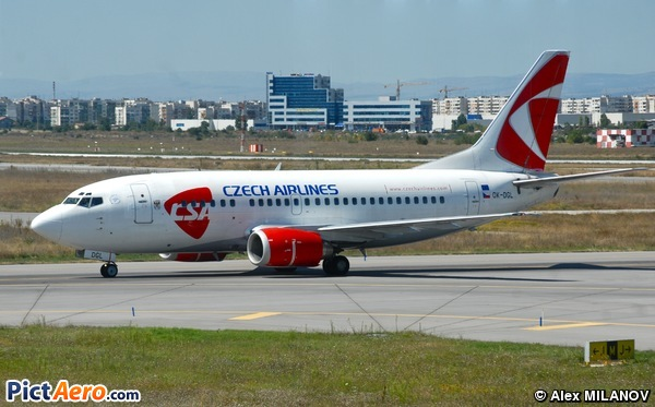 Boeing 737-55S (CSA Czech Airlines)