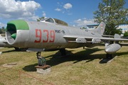 Mikoyan-Gurevich MiG-19 PM Farmer D (939)