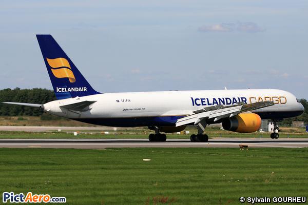 Boeing 757-208/PCFET (Icelandair Cargo)