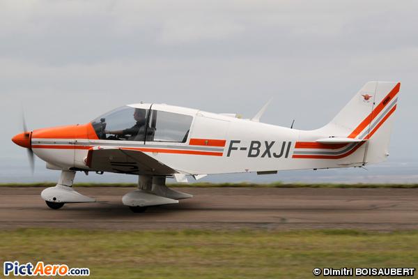 DR 400-180 (Aéroclub de la côte d'Or)
