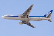 Boeing 767-381/F (JA604F)