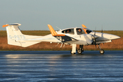 Diamond DA-42 Twin Star (G-PETS)