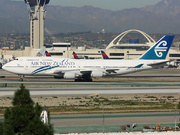 Boeing 747-4F6 (ZK-SUJ)