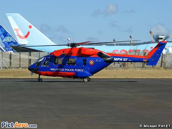 Hindustan ALH Advanced Light Helicopter (Druhv) (Mauritius - Police Force)