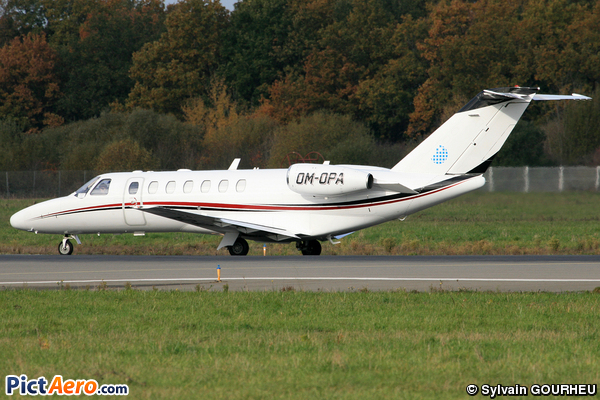 Cessna 525B Citation CJ3 (Opera Jet)