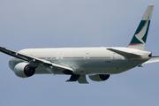 Boeing 777-367 (B-HNP)