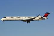 Bombardier CRJ-900 (N907XJ)