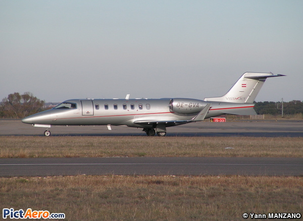 Learjet 40 (VistaJet)