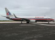 Boeing 737-832