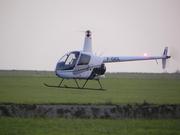Robinson R-22