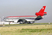 McDonnell Douglas DC-10-30 (N221NW)