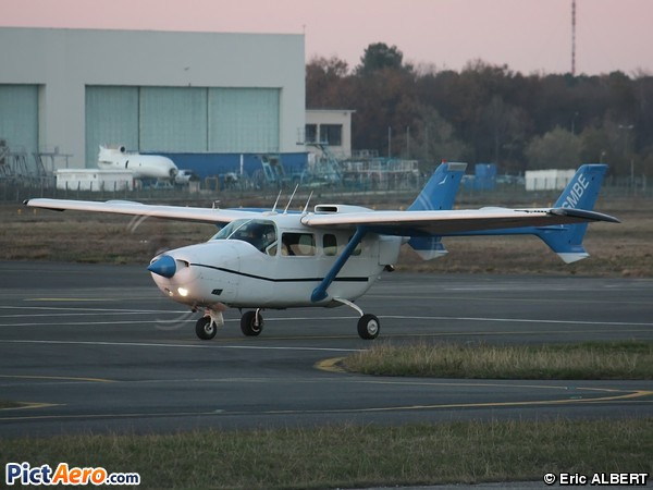 Cessna 337B Super Skymaster (Private)