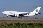 Airbus A310-222 (3B-STJ)