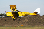 De Havilland DH-82A Tiger Moth II (G-AHIZ)