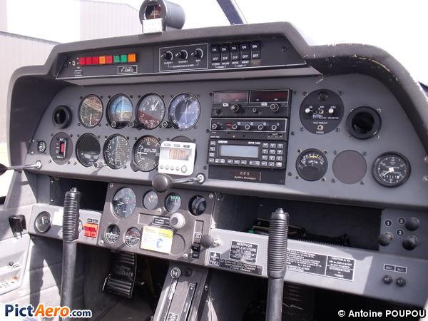 DR 400-160 (Aéroclub de Saintes)