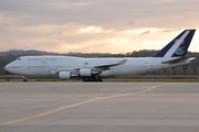 Boeing 747-468 (HZ-HM1)