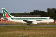 Embraer ERJ-170LR (EI-DFH)