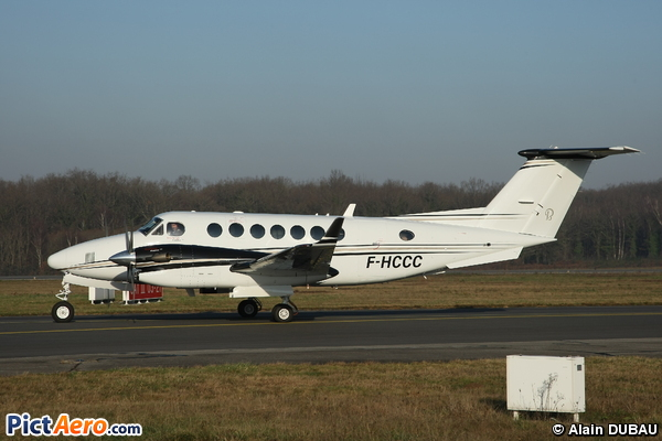 Beech Super King Air 300 (Untitled)