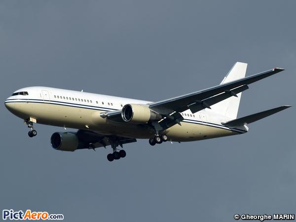 Boeing 767-222 (Vision Air)