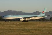 Boeing 777-2B5/ER (HL7598)