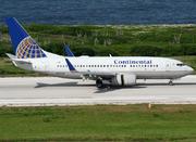 Boeing 737-724 (N39728)