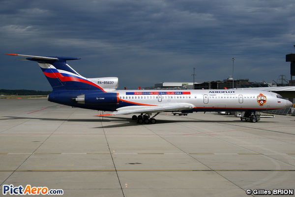Tupolev Tu-154M (Donavia)