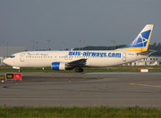 Boeing 737-4YO (F-GLXQ)