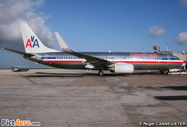 Boeing 737-832 (American Airlines)
