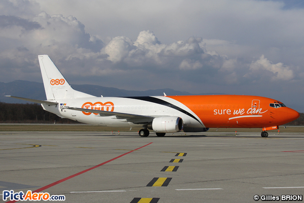 Boeing 737-45D/F (TNT Airways)