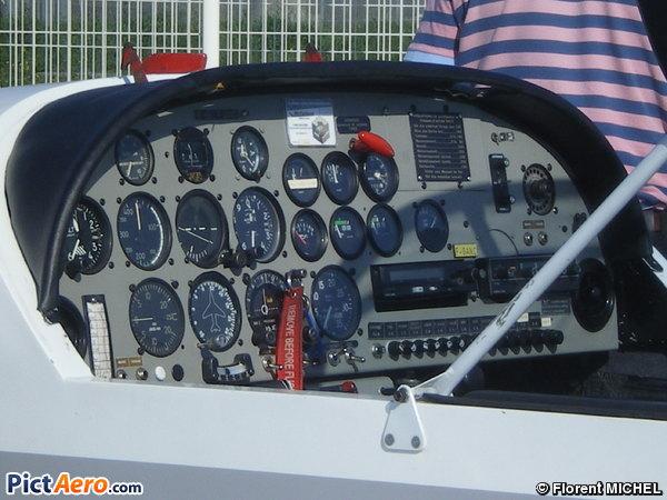 Fournier RF-6B 100 (Aéroclub de Villeneuve-sur-Lot)