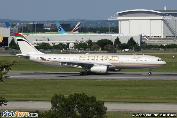 Airbus A330-343E (Etihad Airways)