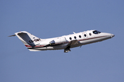 Raytheon Hawker 400XP (CS-DMY)