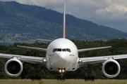 Boeing B777-21H/ER (A6-EMH)