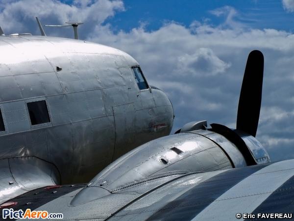 Douglas C-47B Dakota Mk4 (Seine Aviation)