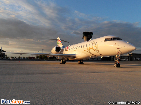 Bombardier BD-700-1A10 Global Express (Untitled)