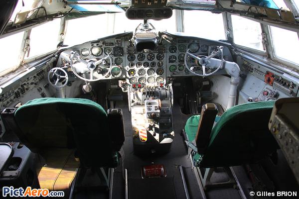 Iliouchine Il-18V (Ferihegy Airport Museum)