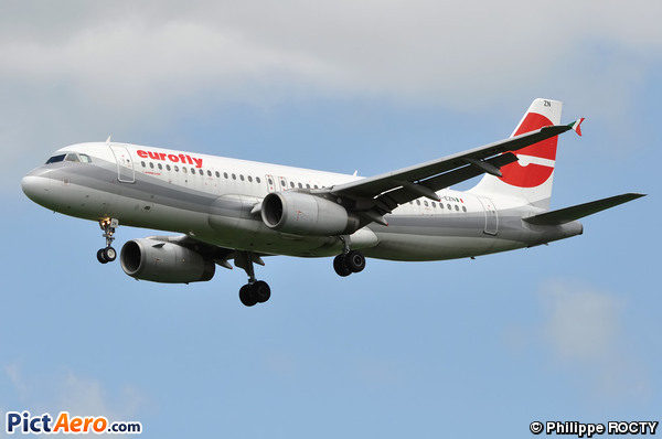 Airbus A320-232 (Meridiana Fly)