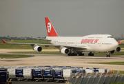 Boeing 747-4H6 (EC-KXN)