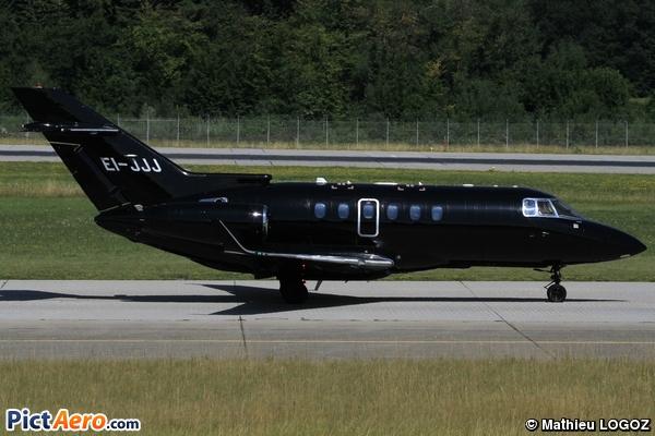 Raytheon Hawker 900 XP (Private Sky)