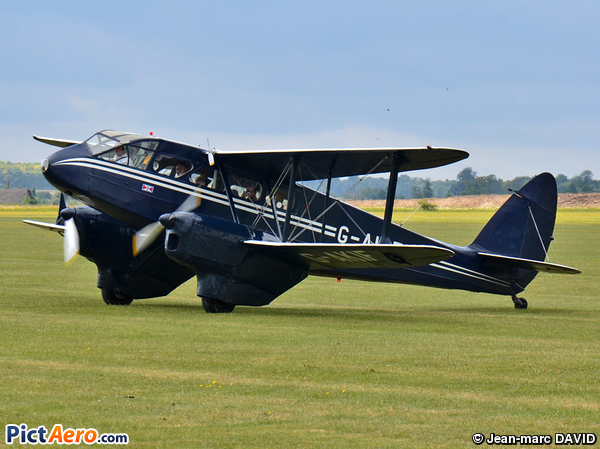 De Havilland DH-89A Dragon Rapide 6 (Private/Privé)