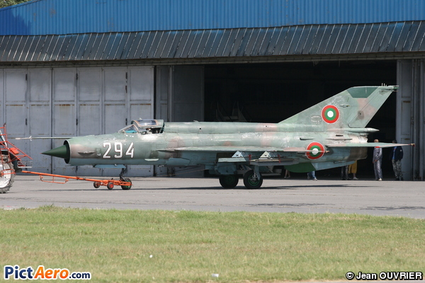 Mikoyan-Gurevich MiG-21bis Fishbed L (Bulgaria - Air Force)