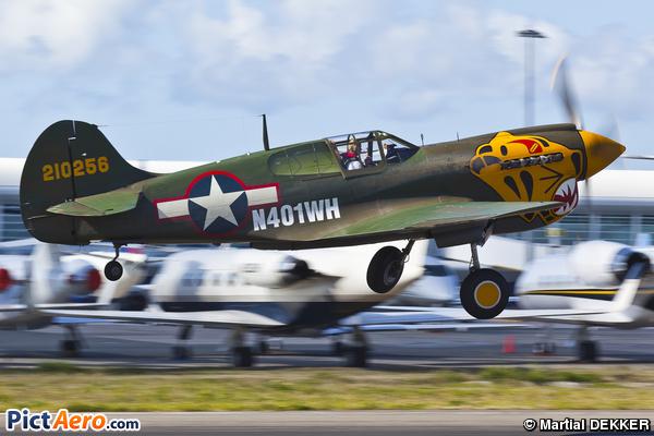 Curtiss P-40K Warhawk  (Privé / Private)