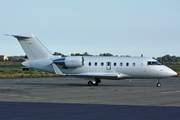 Canadair CL-600-2B16 Challenger 605 (G-MACP)
