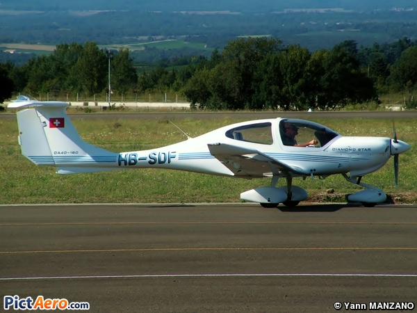 Diamond DA-40 Diamond Star (Motorfluggruppe Chur)